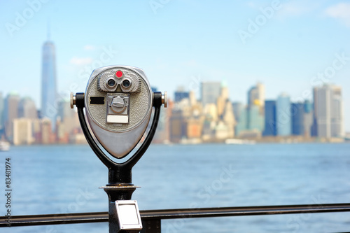 Binoculars looking to the Manhattan skyline Wallpaper Mural