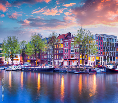 Poster Amsterdam Colorful spring sunset on the canals of Amsterdam