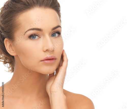 Fototapety, obrazy: face and hands of beautiful woman