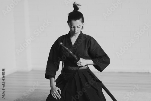 Photo  Japan woman samurai