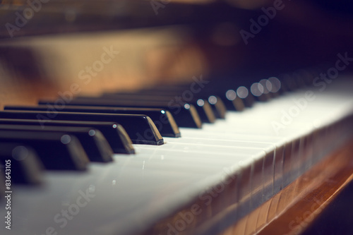 Fotomural  Teclado de piano de fondo con enfoque selectivo