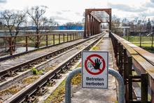 Alte DDR Eisenbahnbrücke