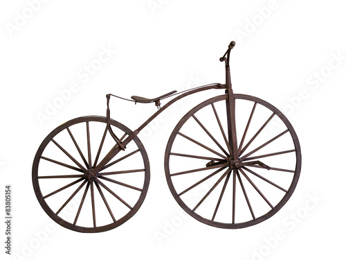 Photo sur Toile Velo Old bicycle with wooden wheels isolated