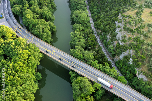 In de dag Luchtfoto Aerial view of the bridge and the road over the river Pinios in