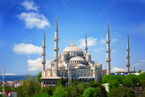 Fotografia  Sultan Ahmed Mosque (Blue mosque) in Istanbul , Turkey