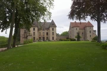 Fototapeta na wymiar Château de Couches en Bourgogne France