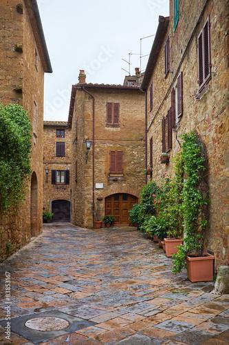 In de dag Mediterraans Europa Ancient Alley in Tuscany