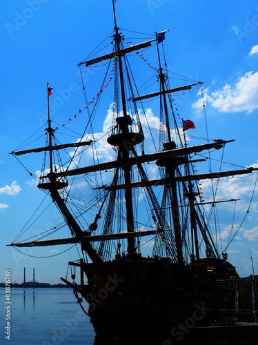 Photo Stands Ship Sailing