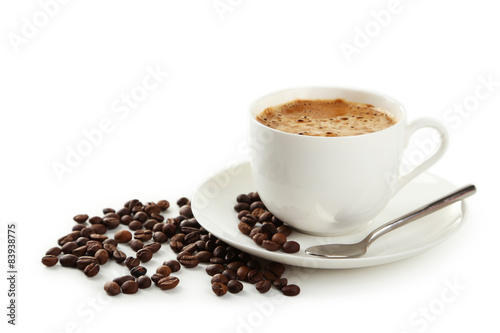 Foto op Canvas Cafe Cup of coffee with coffee beans isolated on white
