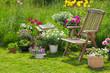 canvas print picture - Idyllischer Sitzplatz im Garten - Entspannen im eigenen Garten