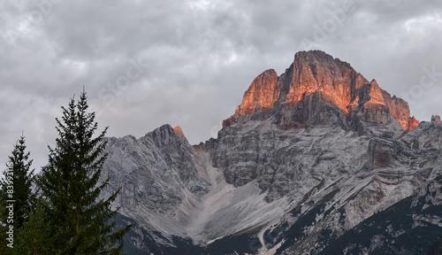 Spoed Foto op Canvas Grijze traf. Croda Rossa, Dolomites.