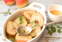 Roasted Pears With Honey And Thyme