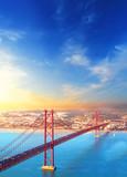 Czerwony most w Lizbonie