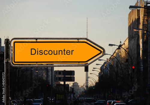 Strassenschild 37 - Discounter
