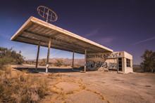 Abandoned Gas Station, Az,CA D...