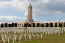 Ossuaire De Douaumont - Verdun - France