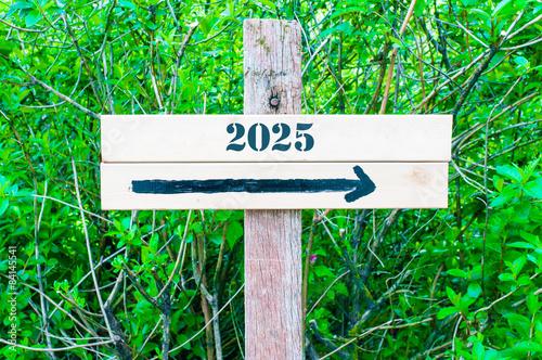 Fotografia  YEAR 2025  Directional sign