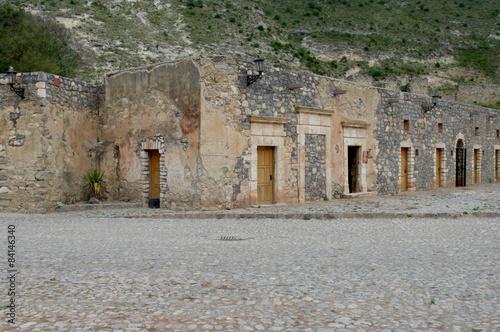 Tuinposter Oude verlaten gebouwen Real de Catorce