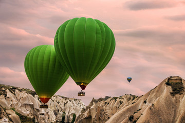 Fototapeta Relaks i kontemplacja Hot air balloons sunset, Cappadocia, Turkey
