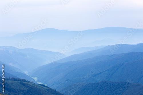 Papiers peints Colline blue hills