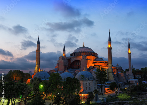 Tuinposter Oude gebouw St. Sophia Cathedral on a sunset, Istanbul