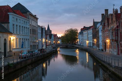 Poster Bridges Embankment canal at sunset