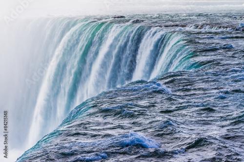 Foto auf AluDibond Wasserfalle Niagara Falls during winter season