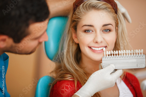 Fotografie, Obraz  Dentist woman teeth whitening dental clinic