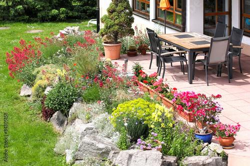 Steingarten Mit Sitzplatz
