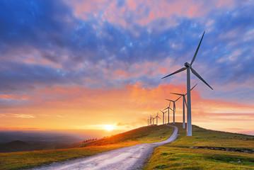 turbiny wiatrowe w parku Oiz eolic