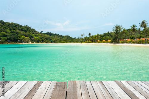 Deurstickers Tropical strand Wooden platform beside tropical beach at Koh Kood island