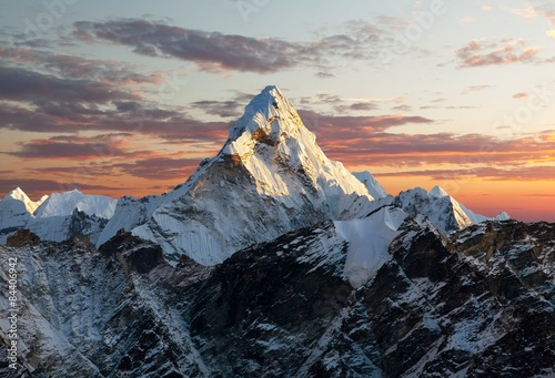 Fototapeta Ama Dablam on the way to Everest Base Camp obraz