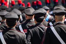 Carabinieri Durante La Parata ...