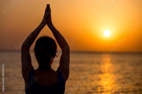 Keuken foto achterwand Ontspanning Yoga on the sea