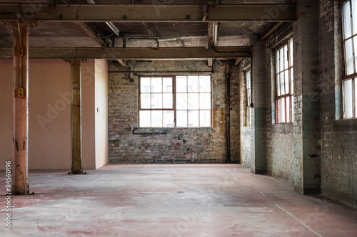 Poster Industrial geb. Empty warehouse office or commercial area, industrial background