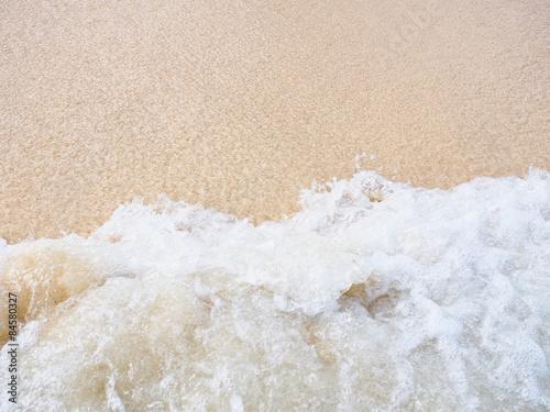 ラニカイビーチの波