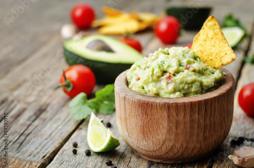 Fotomural  guacamole with corn chips