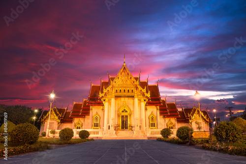 Photo wat benjamaborphit, thai temple landmark in thailand
