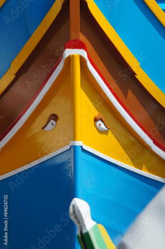 Photo Stands détail d'un Luzzu - bateau maltais à Marsaxlokk