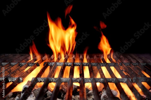 Spoed Foto op Canvas Grill / Barbecue Hot Empty Charcoal BBQ Grill With Bright Flames