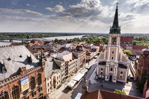 Obraz na płótnie Poland - Torun, city divided by Vistula river between Pomerania