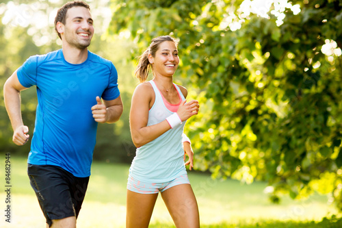 Stickers pour portes Jogging Young couple running