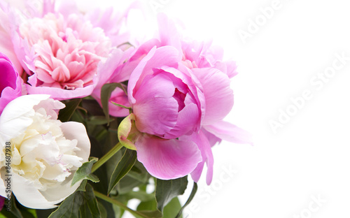 Foto  Beautiful bouquet of pink and white peonies