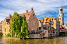 View Of Th Djiver Canal In Bruges, Belgium