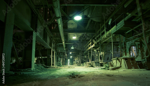 Spoed Foto op Canvas Oude verlaten gebouwen Old creepy, dark, decaying, destructive, dirty factory