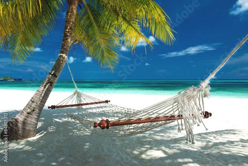 Fotografía  Hängematte am Strand auf den Malediven