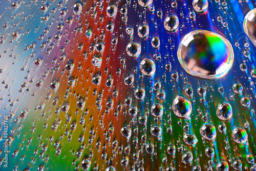 Water Drops On Diffraction Surface Canvas-taulu