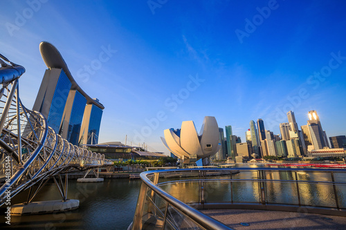 Photo  Beuatiful sunrise in the morning at Singapore