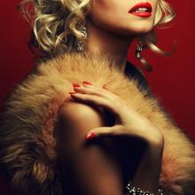 Girl's Best Friends, Femme Fatale Concept. Marilyn Monroe Style