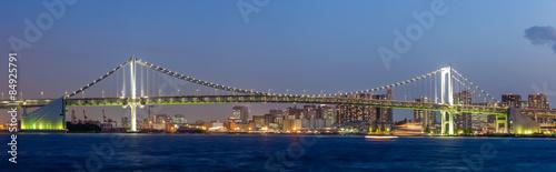 Panorama view of Tokyo bay and rainbow bridge - 84925791